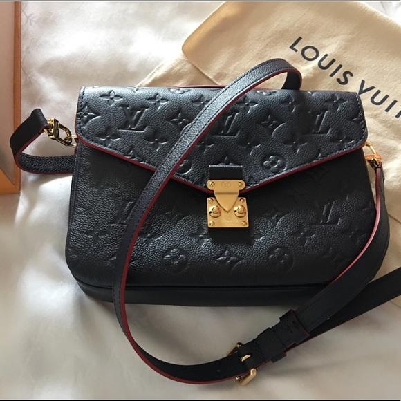 099e1b497336 Louis Vuitton Bags